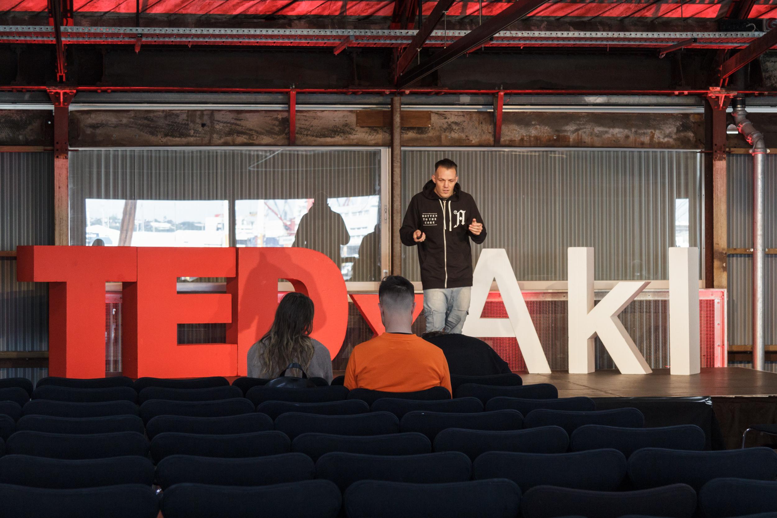 AutumnRainVisual_TedX2018_IMG_6707.jpg