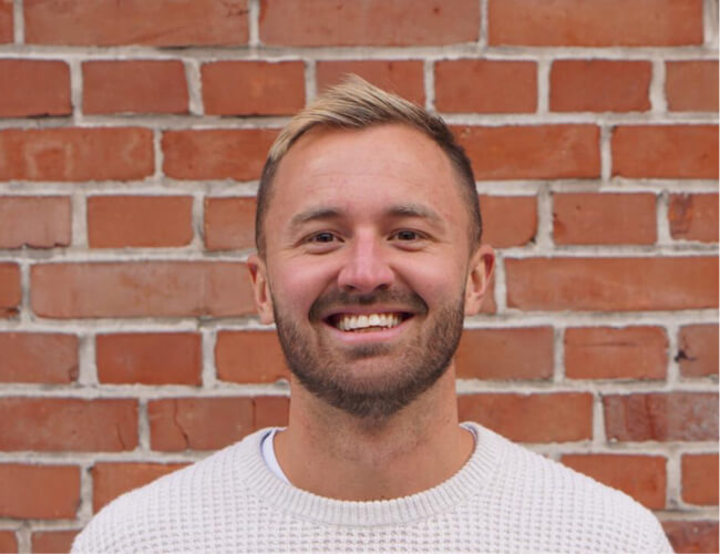 BEN  The Programs Pro    Always ready for an adventure, Ben is a sales and growth expert who loves hearing people's story. Combining his love of helping people develop with travel, he helps run our programs.