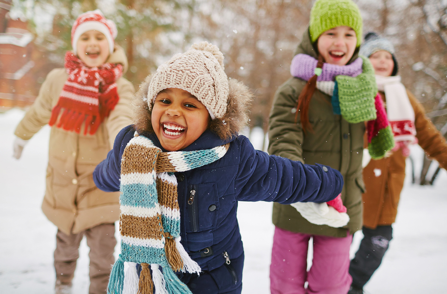 new photo kids playing in snow.jpg