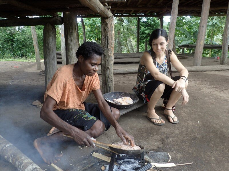 Rochelle Callahan with a friend in Papua New Guinea