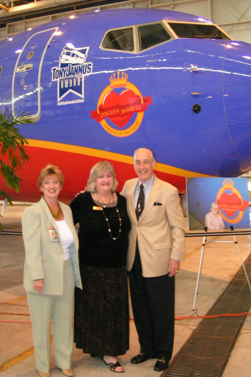 Colleen Picard, Diane Cox, and Dick Newton, 4 Apr '07.jpg