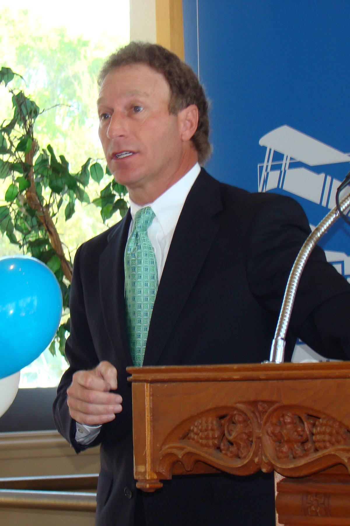 David Hilfman - Acceptance Remarks @ SPMOH, 27 Mar '08.jpg