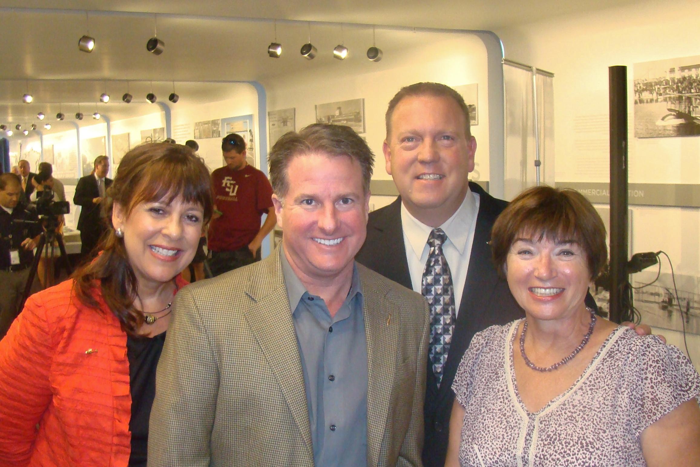 Alison Hoefler, Robert Bohan, Bill McGrew & Anne Menke, 30 Oct '14.JPG