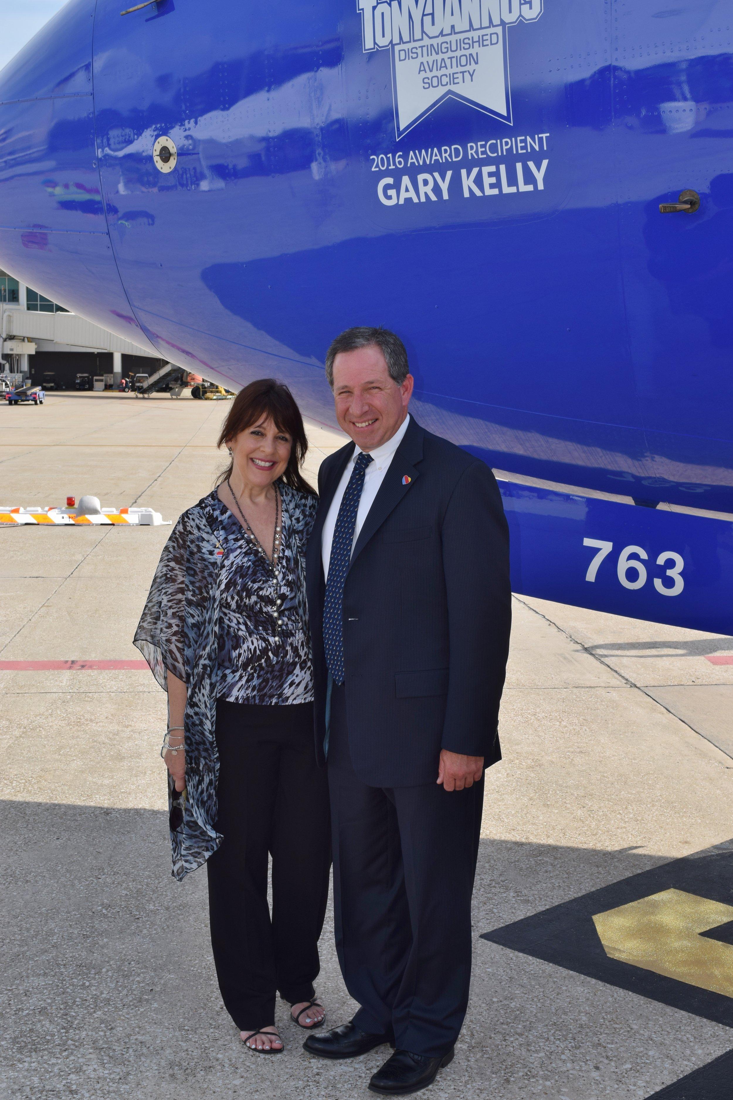 Alison Hoefler & Steve Goldberg - 1, 20 May '16.JPG