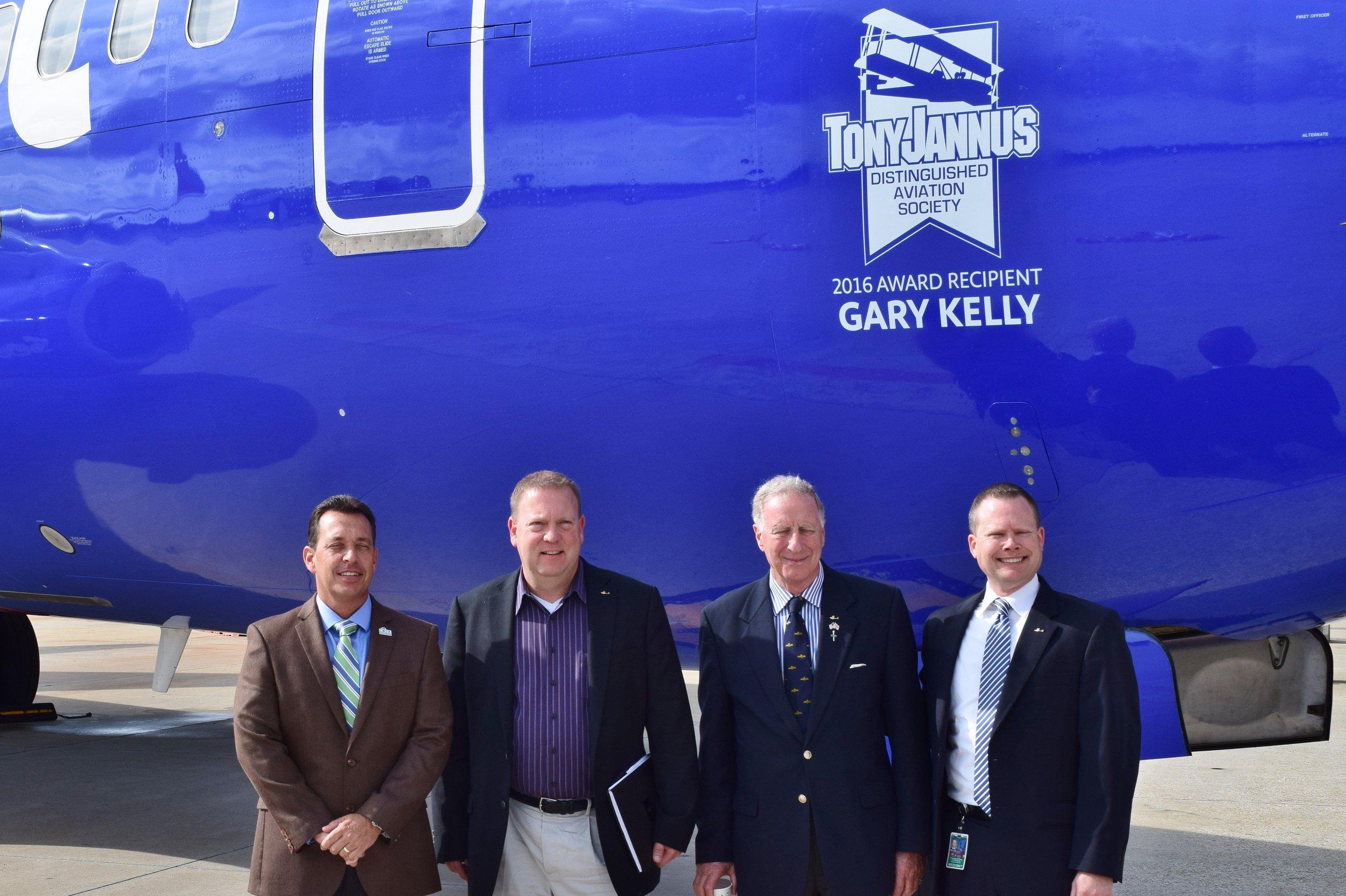 Tom Jewsberry, Bill McGrew, Colin Howgill & Chris Minner, 20 May '16.JPG
