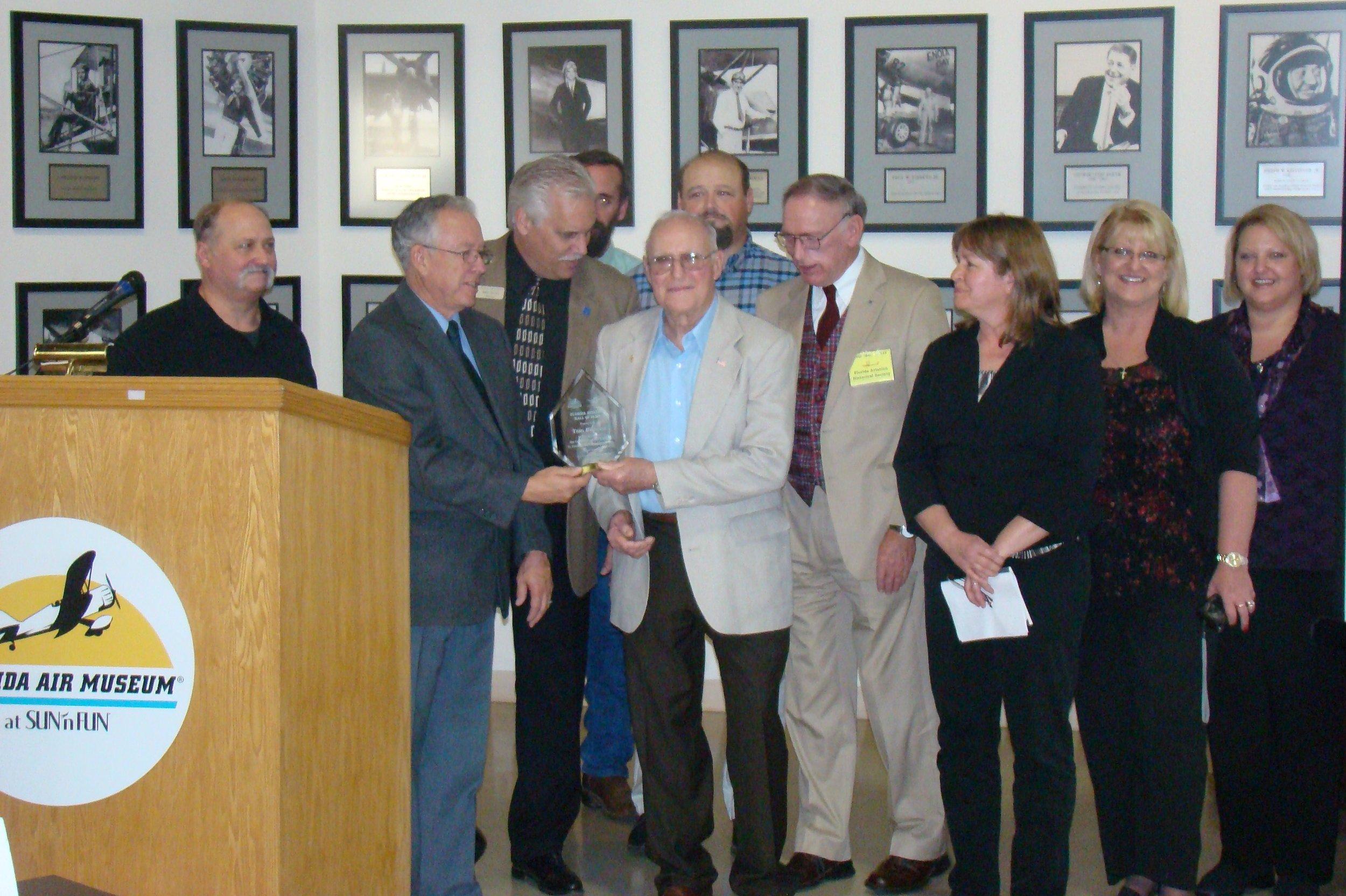 Presentation to Family of Thomas W. Benoist, 28 Jan '12.JPG