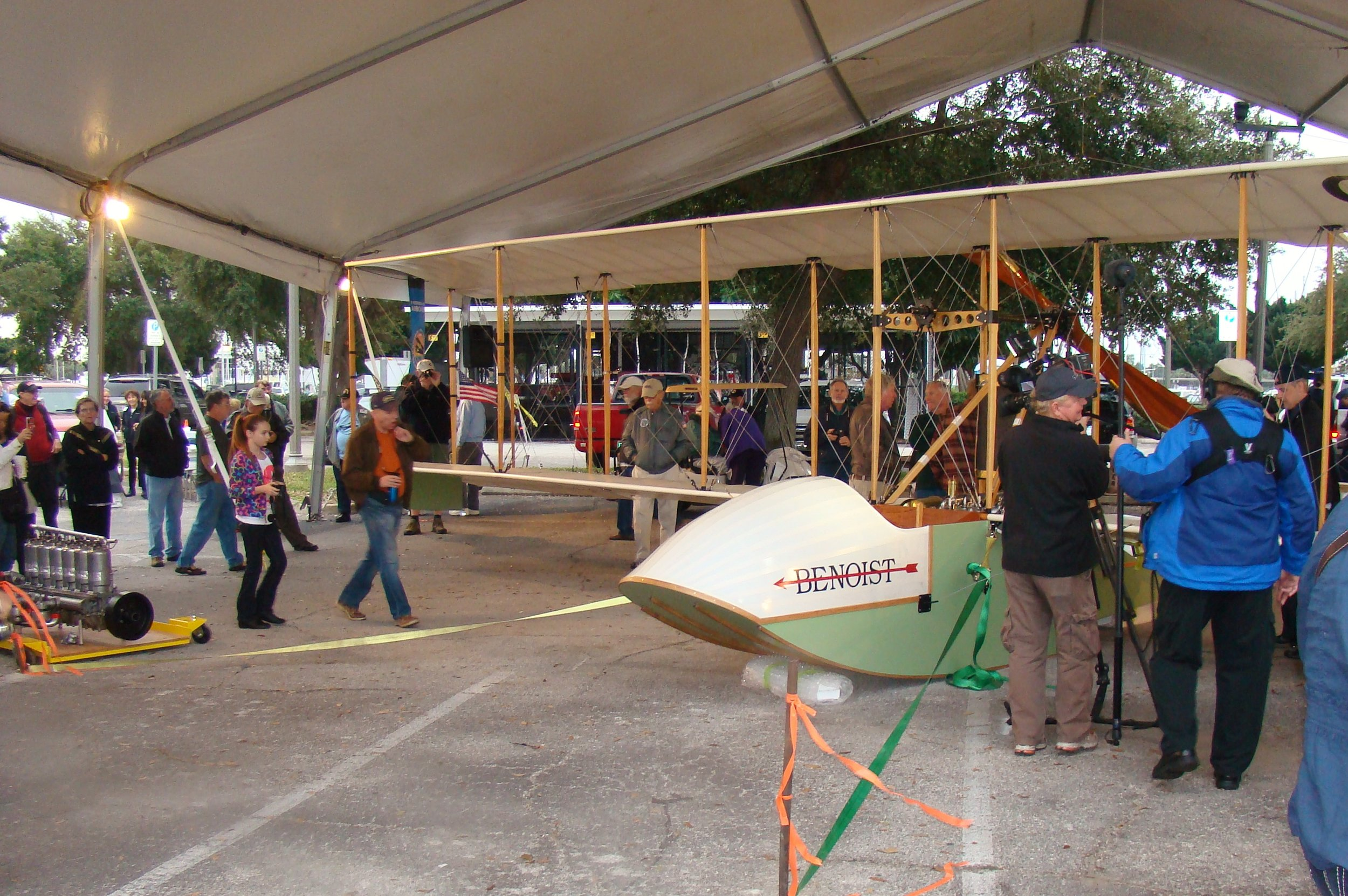 Benoist Airboat on display, 1 Jan '14.JPG