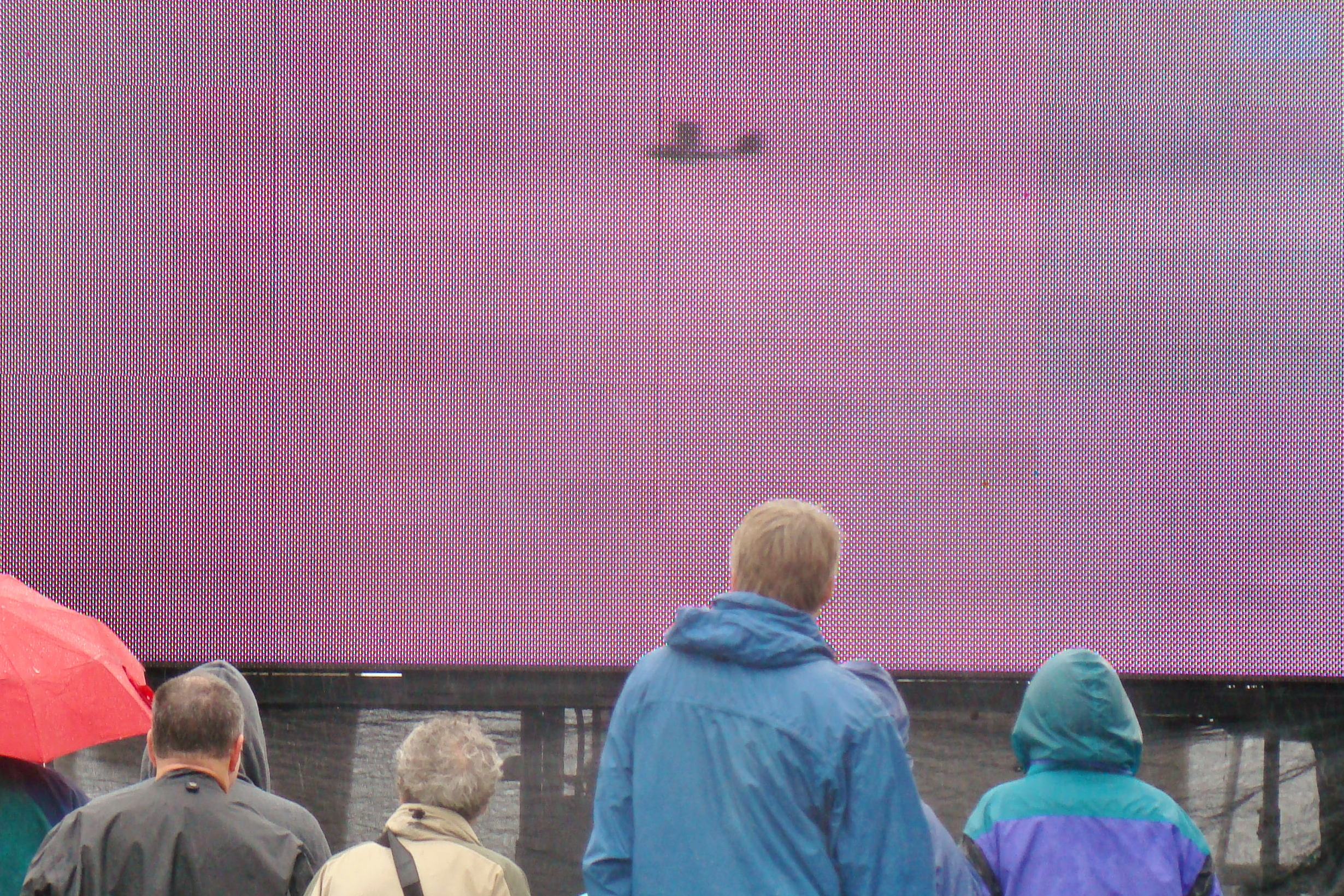 Big Screen Flyby of Eddie Hoffman's Mullet Skiff, 1 Jan '14.JPG