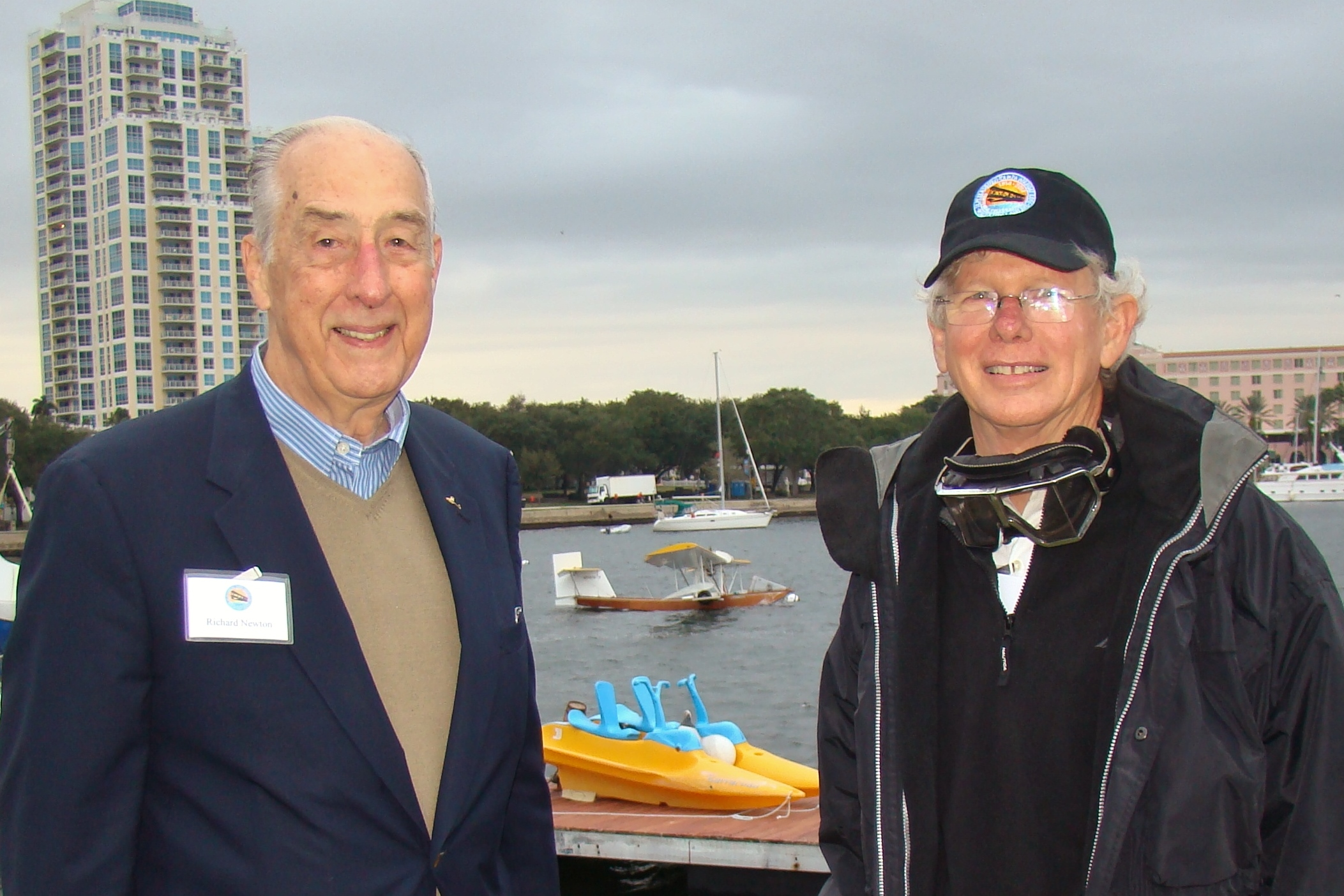 Dick Newton & Eddie Hoffman with Mullet Skiff, 1 Jan '14.JPG