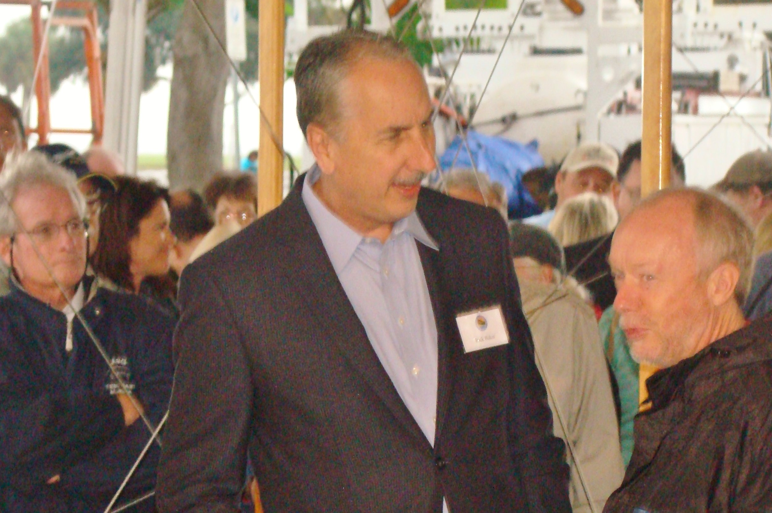 Former Mayor Rick Baker, 1 Jan '14.JPG
