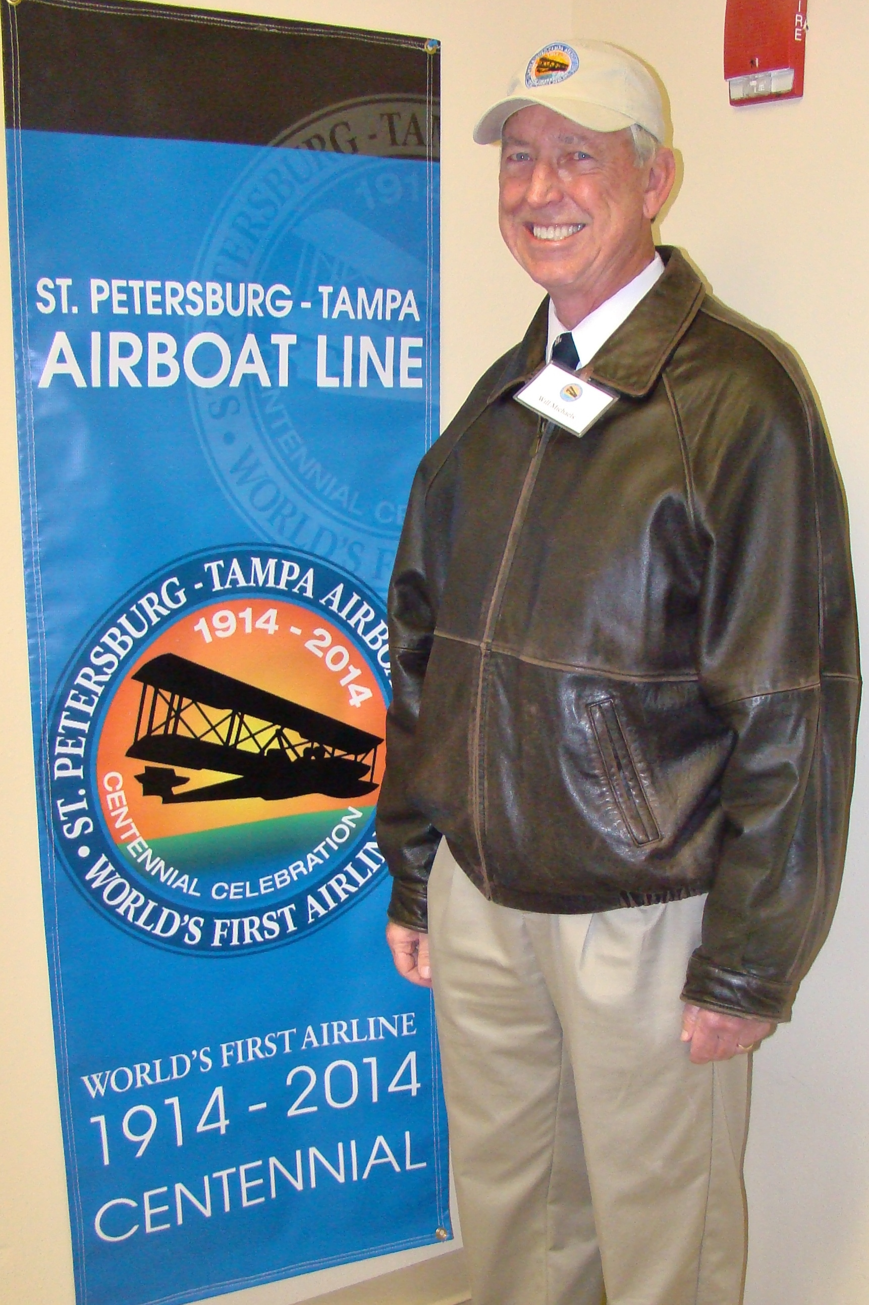 Will Michaels with Flight 2014 Centennial Pennant, 1 Jan '14.JPG