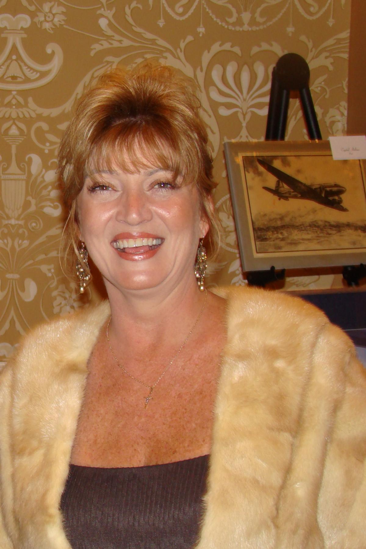 Colleen Picard, Award Banquet, 30 Oct '08.jpg