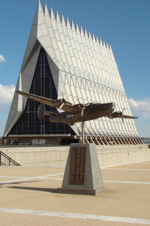 Aircraft, B-24, @ USAFA, 20 Jun '10.JPG