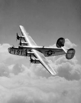 B-24 B&W, Maxwell AFB, 11 Mar '05.jpg