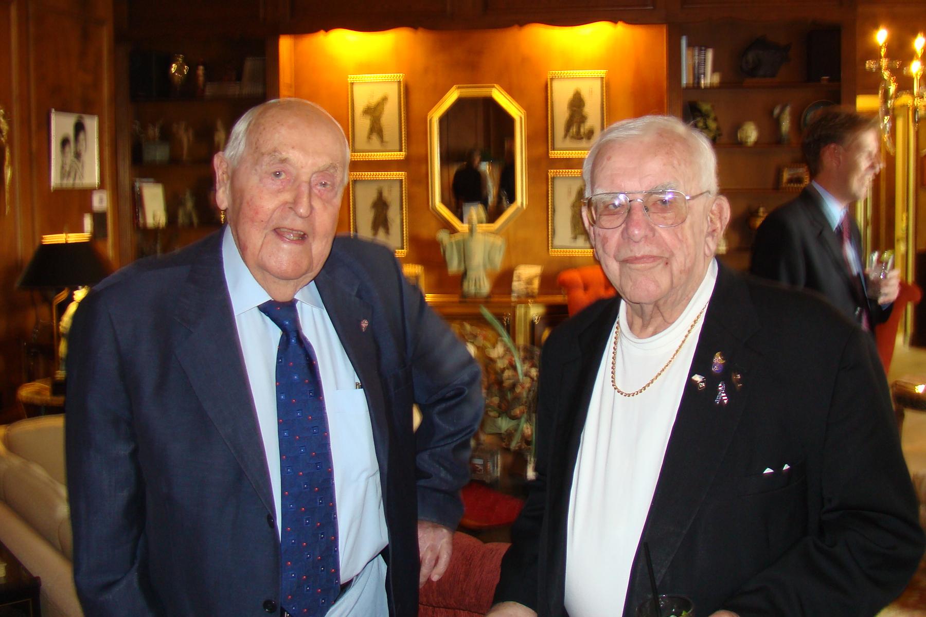 Sir Lennox Hewitt & Bob Cutler, 29 Oct '08.jpg