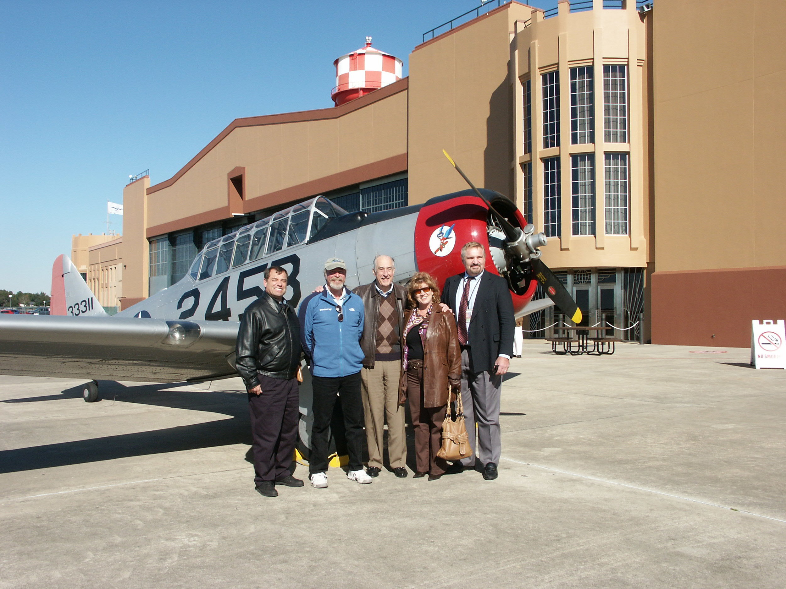 Tanker Snyder, Kermit Weeks, Me, Colleen Picard & John Dahl - 2, 6 Jan '10.jpg