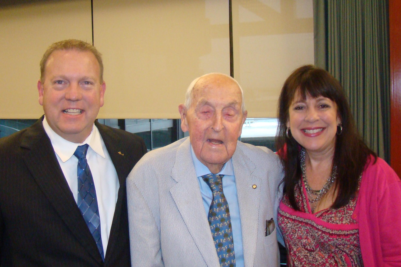 Bill McGrew, Sir Lenox Hewitt & Alison Hoefler, 15 Nov '13 .JPG