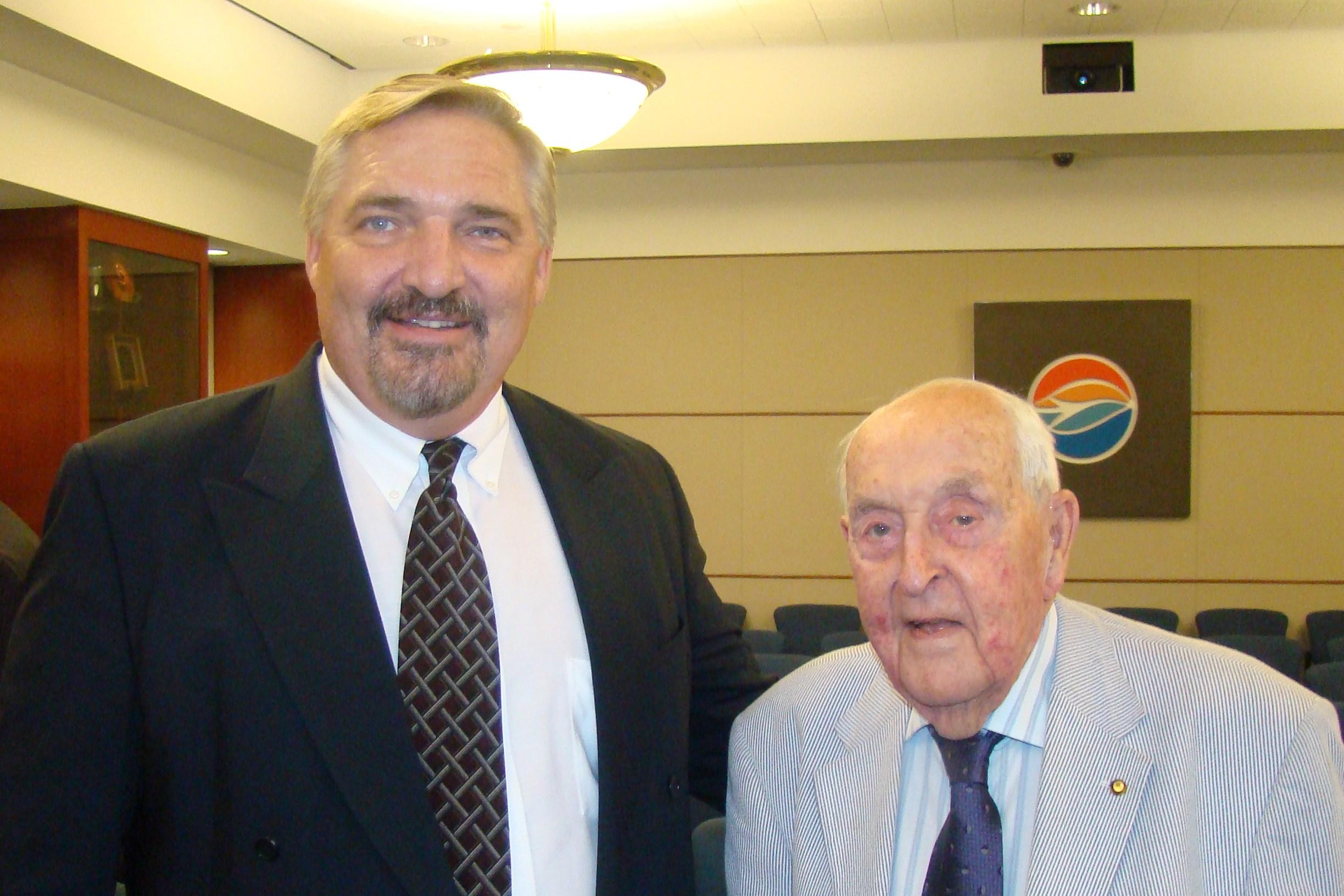 John Dahl & Sir Lenox, 27 Oct '11.JPG