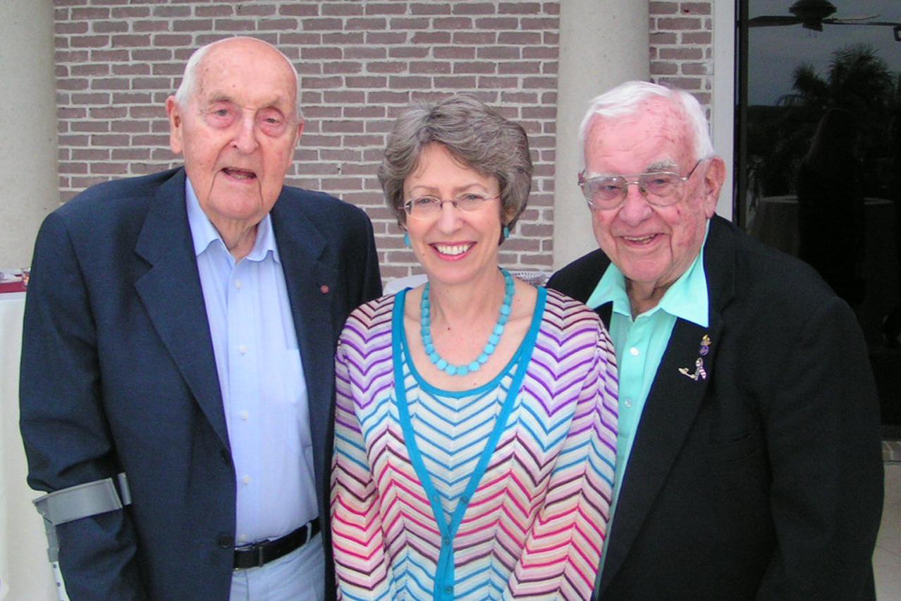 Sir C. Lennox Hewitt; Rt. Hon. Patricia Hewitt, M. P.; & Bob Cutler @ VIP Reception, 24 Oct '07 - Copy.jpg