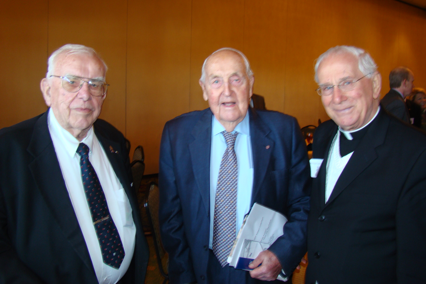 Sir Lennox Hewitt, Monsignor Higgins & Bob Cutler - 2, 30 Oct '08.jpg