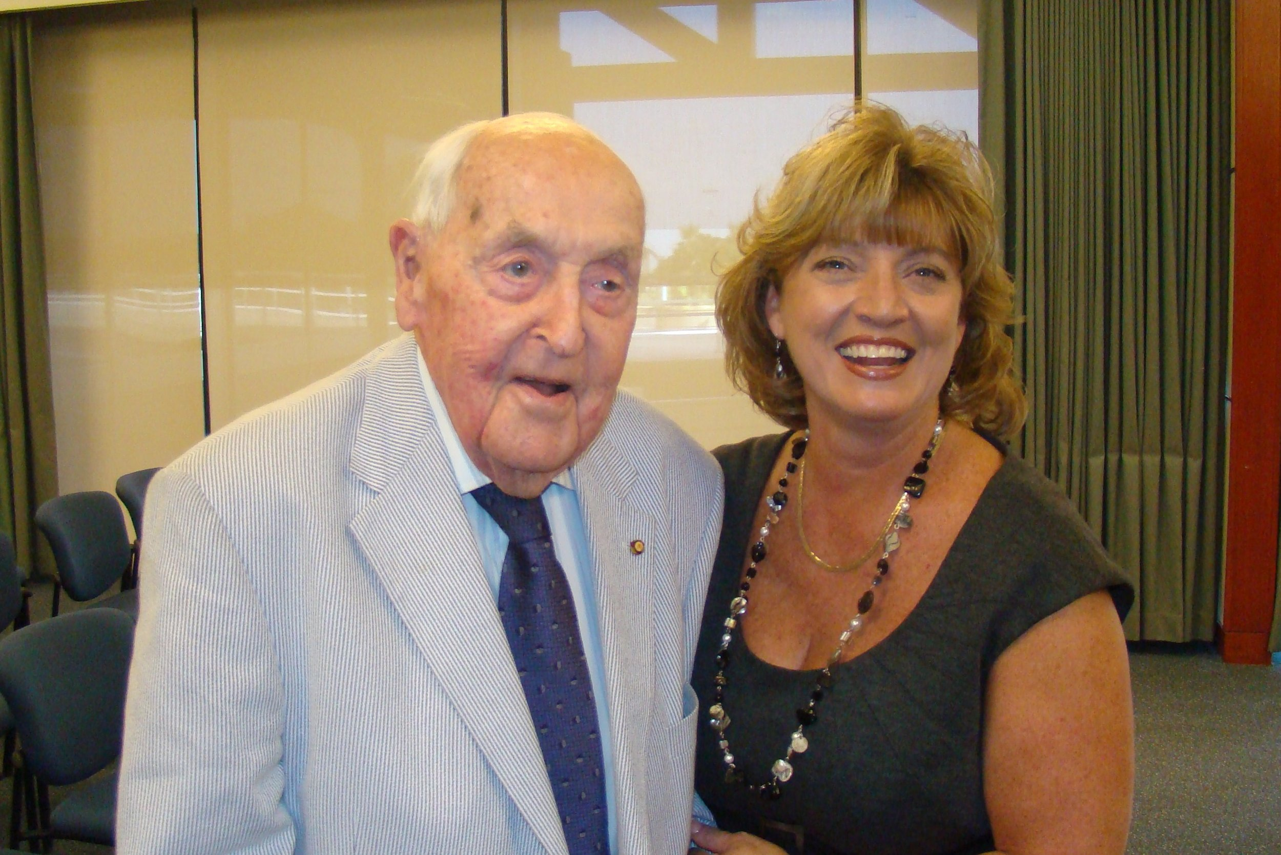 Sir Lenox & Colleen Picard - 1, 27 Oct '11.JPG