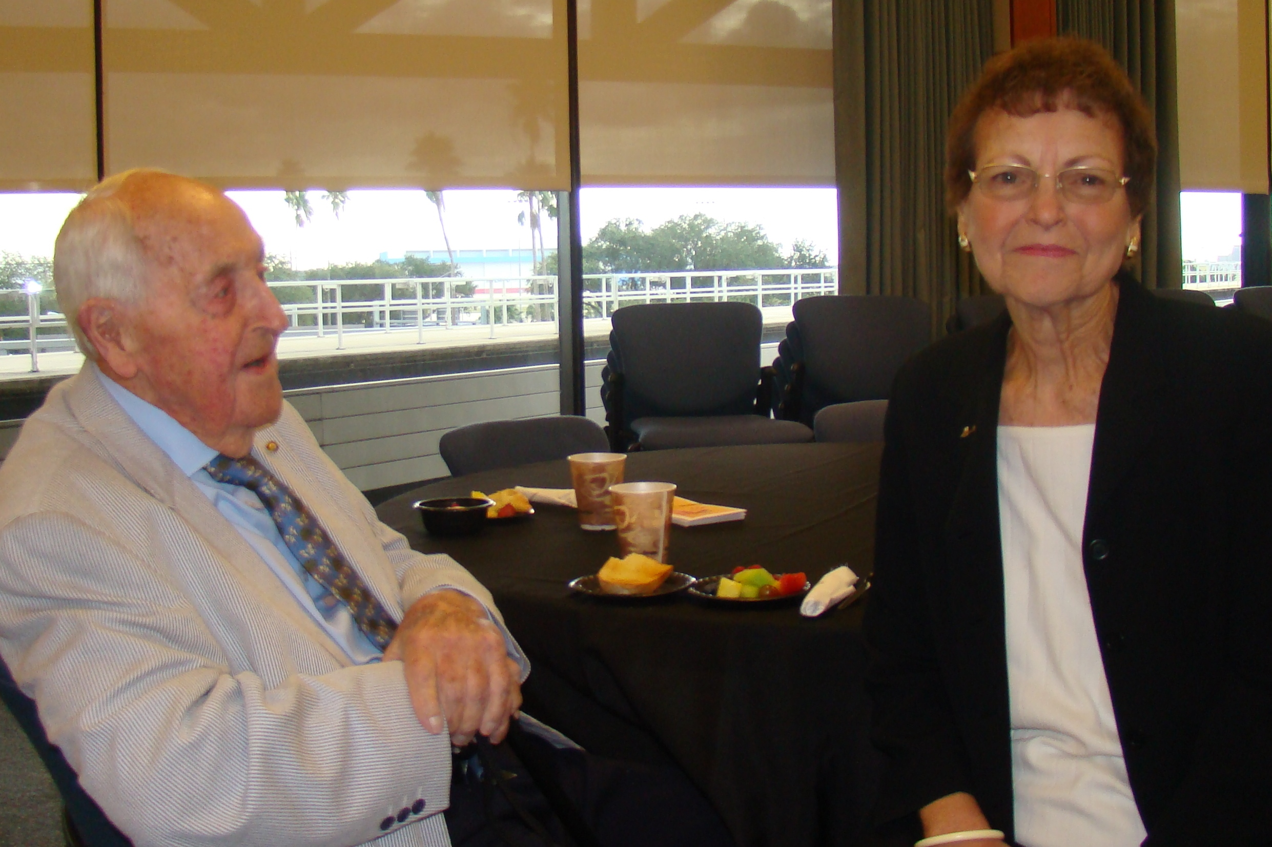 Sir Lenox Hewitt & Kim Michael, 15 Nov '13.JPG