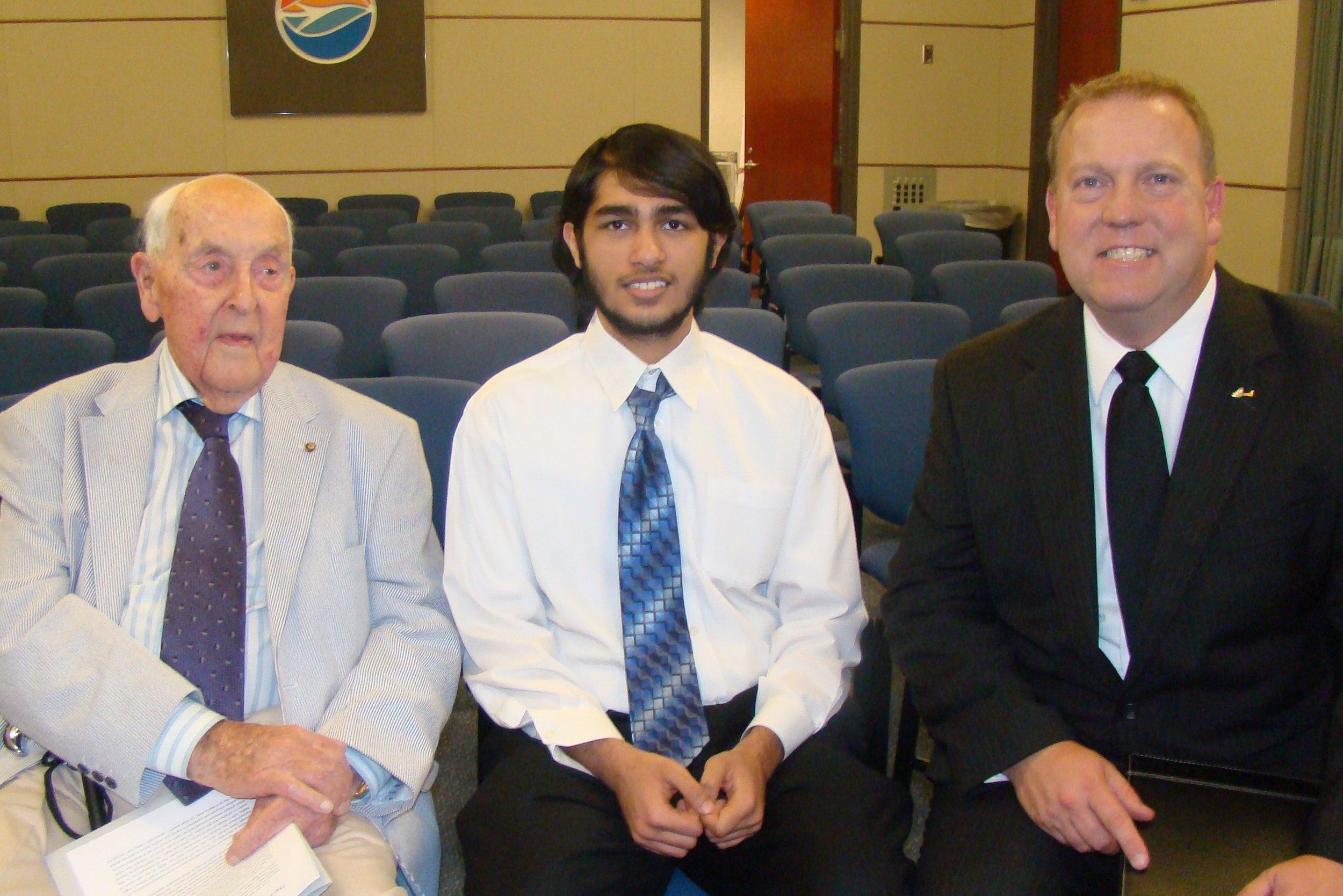 Sir Lenox, Farhan Hiya & Bill McGrew, 27 Oct '11.JPG