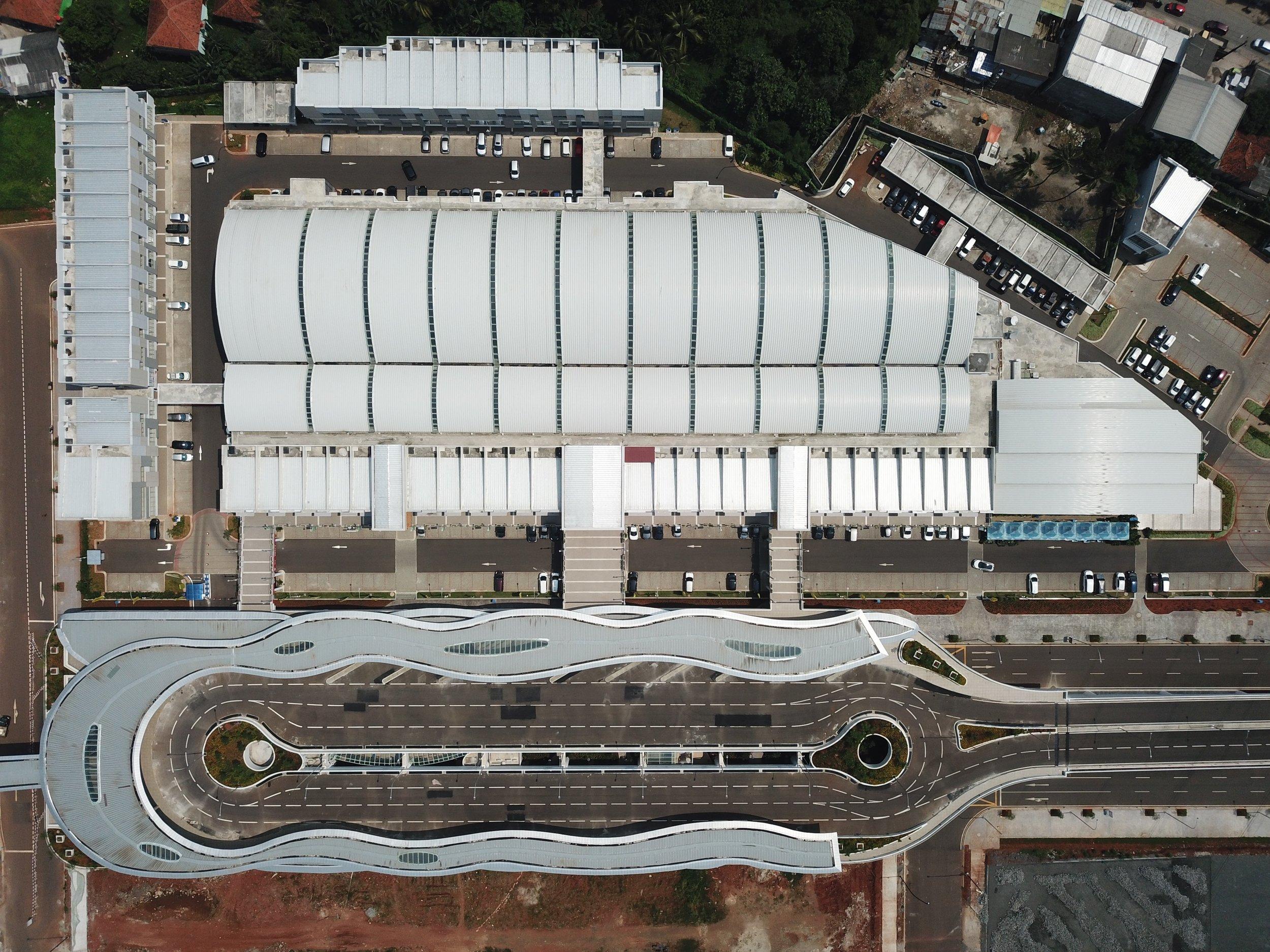 architecture-drone-drone-cam-1087914.jpg
