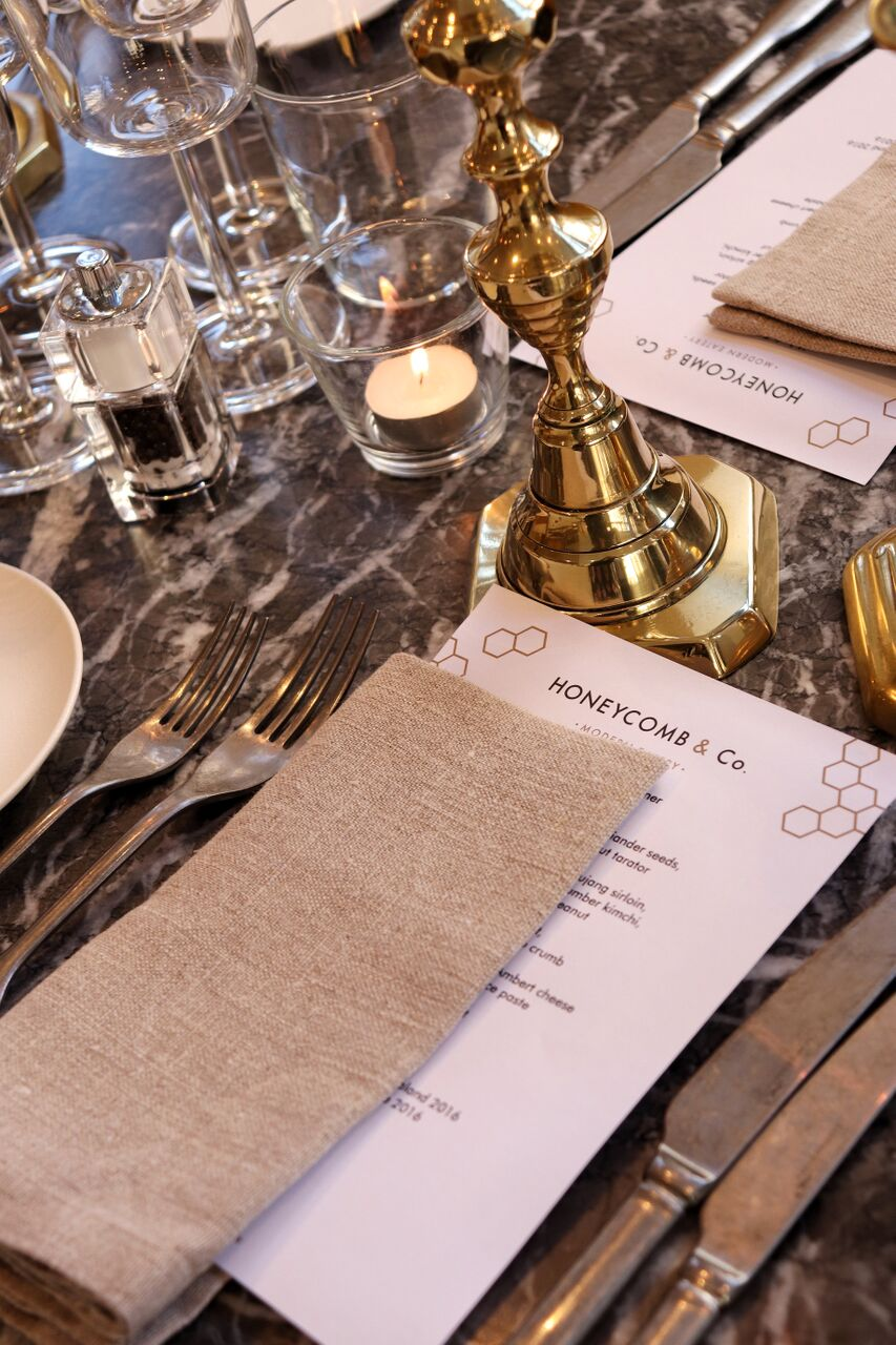 Table setting with image 2.jpg