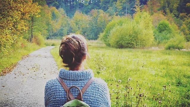 Sliter du med mye stress i hverdagen?🤯 💥Ny forskning viser at kun 20-30 minutter i naturen vil kunne hjelpe med og redusere stresshormoner i kroppen!💥 Dette er et godt alternativ for deg som ønsker en timeout fra hverdagsstresset💆♂️ https://forskning.no/psykologi/bli-mindre-stresset-med-en-halvtime-i-naturen/1326298
