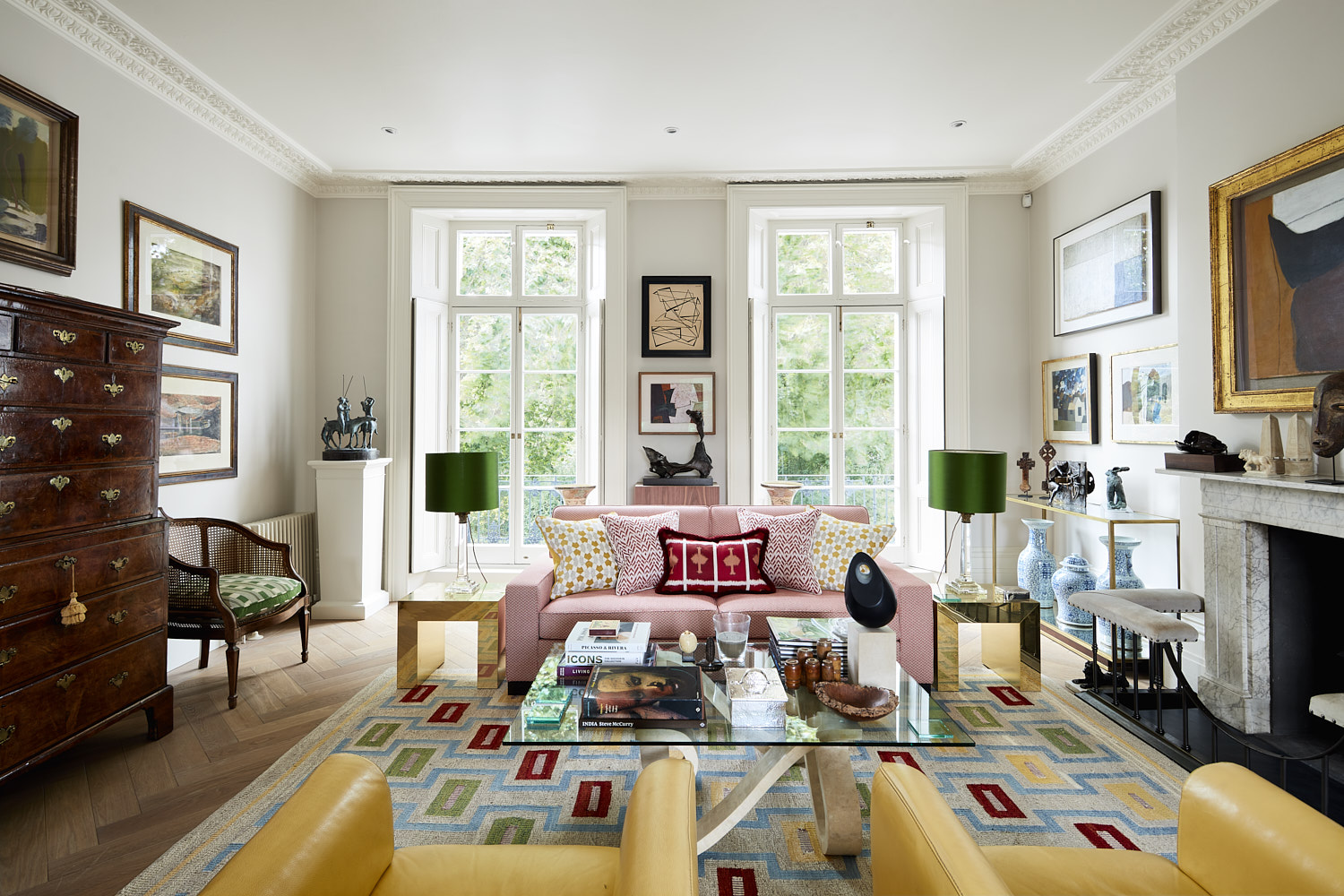 Holland Park - This recently completed family home is a Grade II listed building in Holland Park, London W11. The works involved a full house renovation, measuring 3,615sq.ft, of the 6-storey property which was in need of updating to suit more modern living. _________