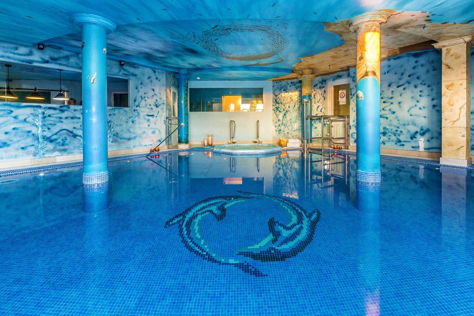 22-Indoor-Pool.jpg