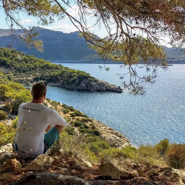 Trilhando e contemplando  #isladragonera #spain #outsideliving #puravida