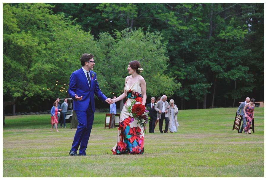 photojournalistic wedding photographer nh
