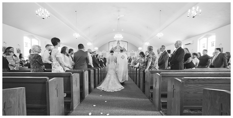b&w processional wedding photos