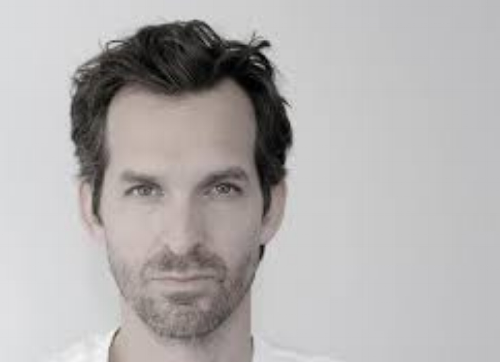 Mathieu Lehanneur  - Design  Lehanneur combines design, science, art and technology as poetic- communicative components to achieve maximum welfare for human beings.