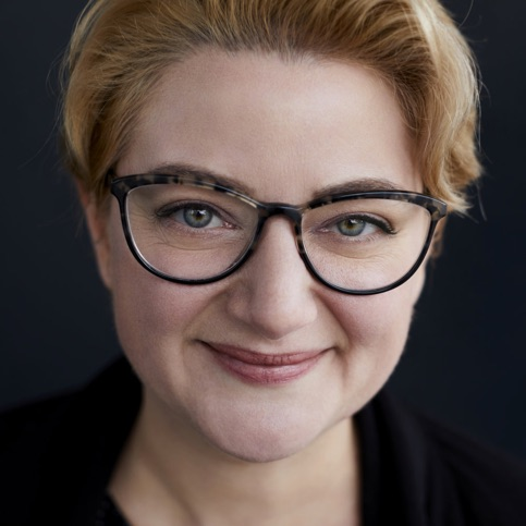 Ange Friesen Toronto, CA  Writer, Brand Strategist, Business and Career Visioning