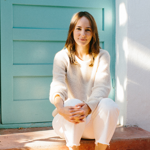 Heather Castagno Los Angeles, CA  California and Nationally (NCCAOM) Licensed Acupuncturist and Clinical Herbalist, Focuses in Anxiety, Depression, + Trauma