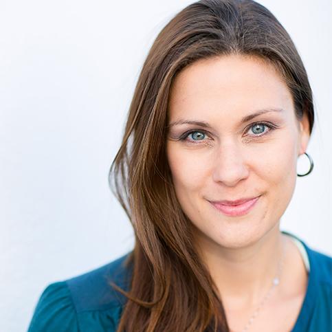 Nicole L. Schmitz Newport Beach, CA  Certified Health and Nutrition Counselor