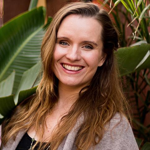Julia Albain Los Angeles, CA  Energy Work & Intuitive Coaching, Private Meditation Coaching, Intuitive Ritual Creation