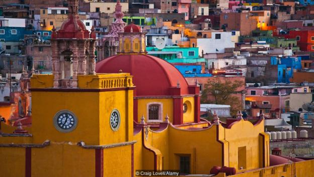 BBC TRAVEL - The Confusing Ways Mexicans Tell Time     Photo Credit: Craig Lovell/Alamy