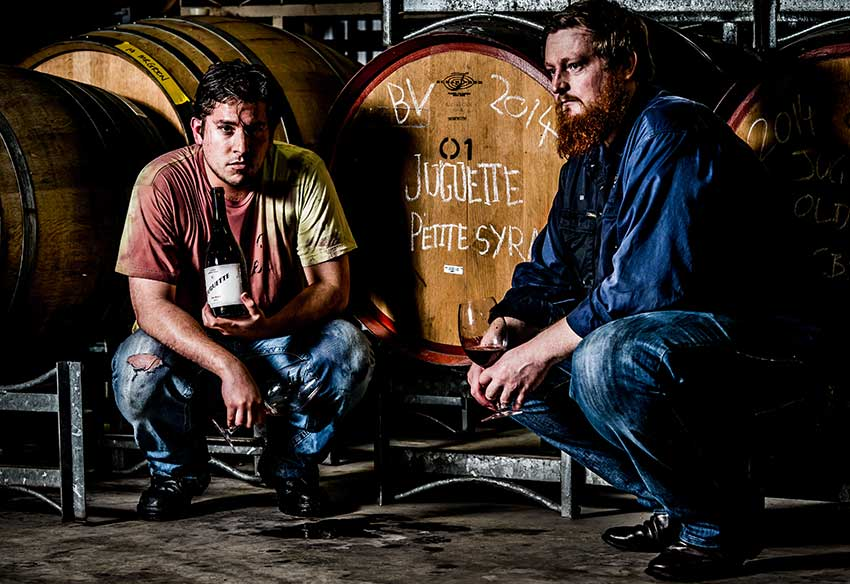 MEXICO NEWS DAILY- A Mexican Winemaer Down Under Makes Australian Wine for Mexico     Photo credit: Juguette