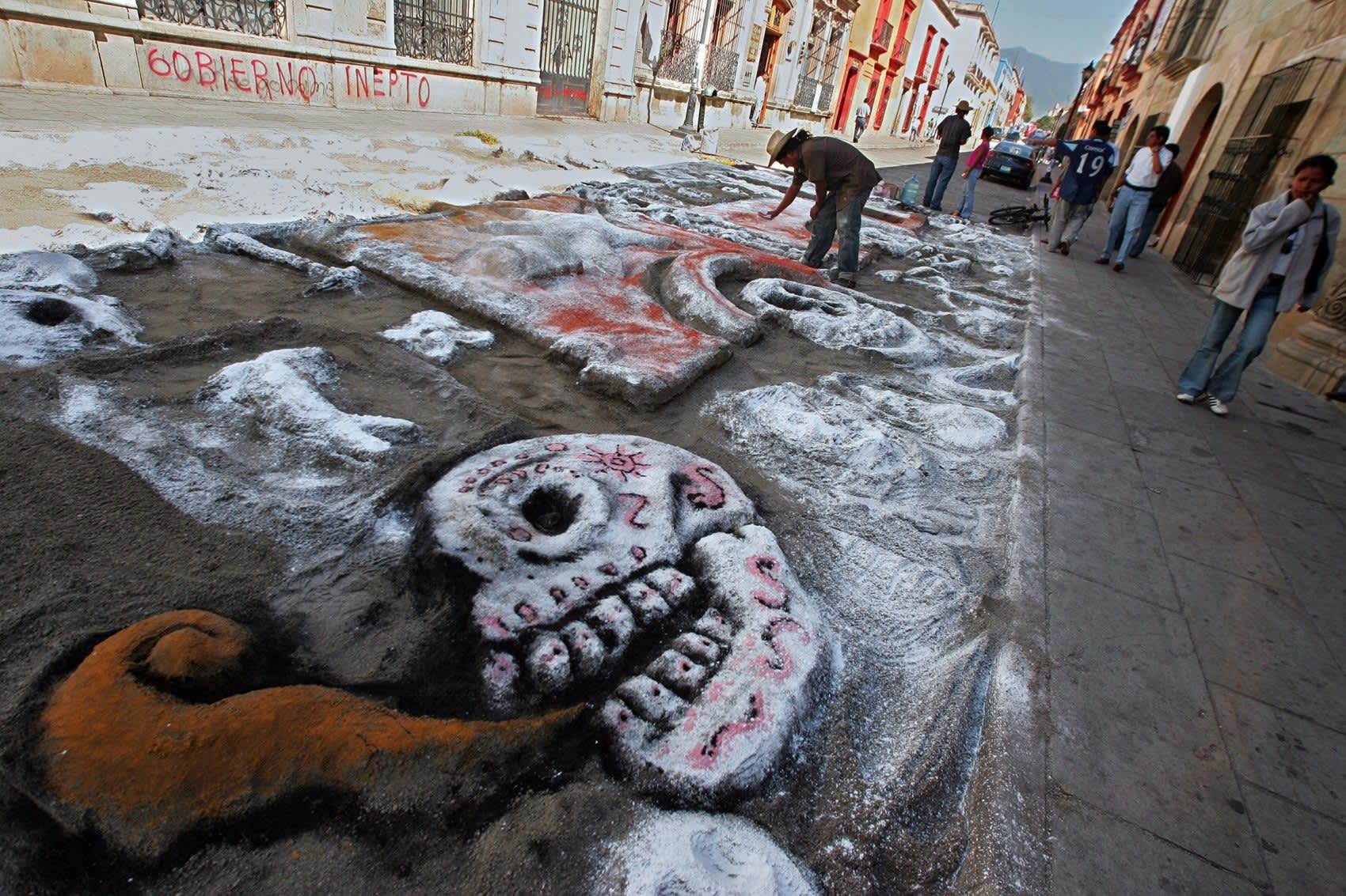 IPAPER- Day of the Dead: A Guide to Celebrating in Oaxaca     Photo credit: Getty