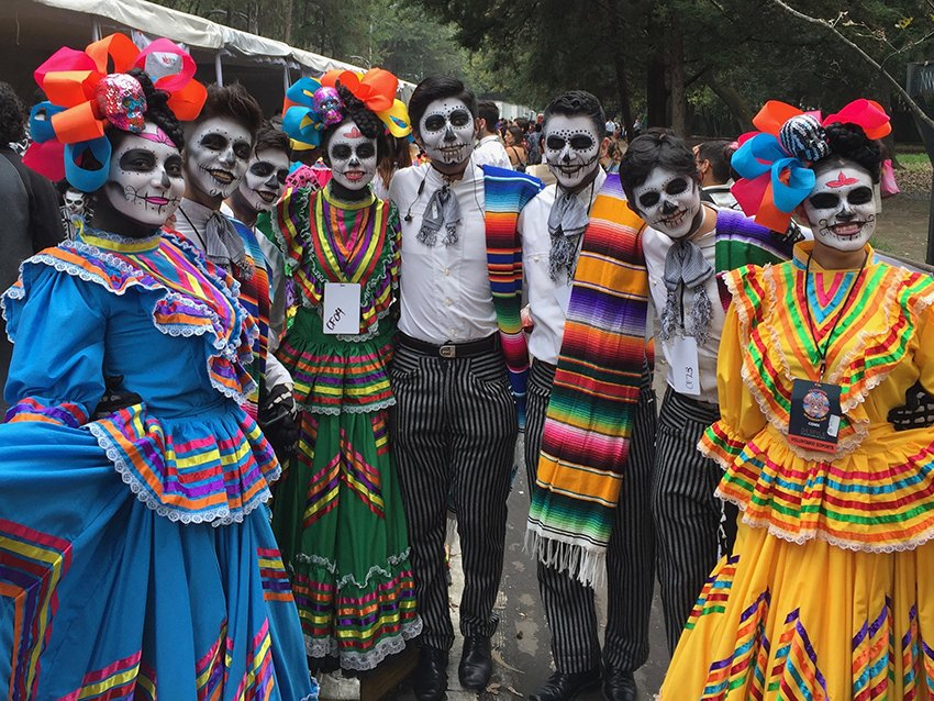 MEXICO NEWS DAILY - Behind the Scene of Mexico City's Day of the Dead Parade     Photo credit: Susannah Rigg