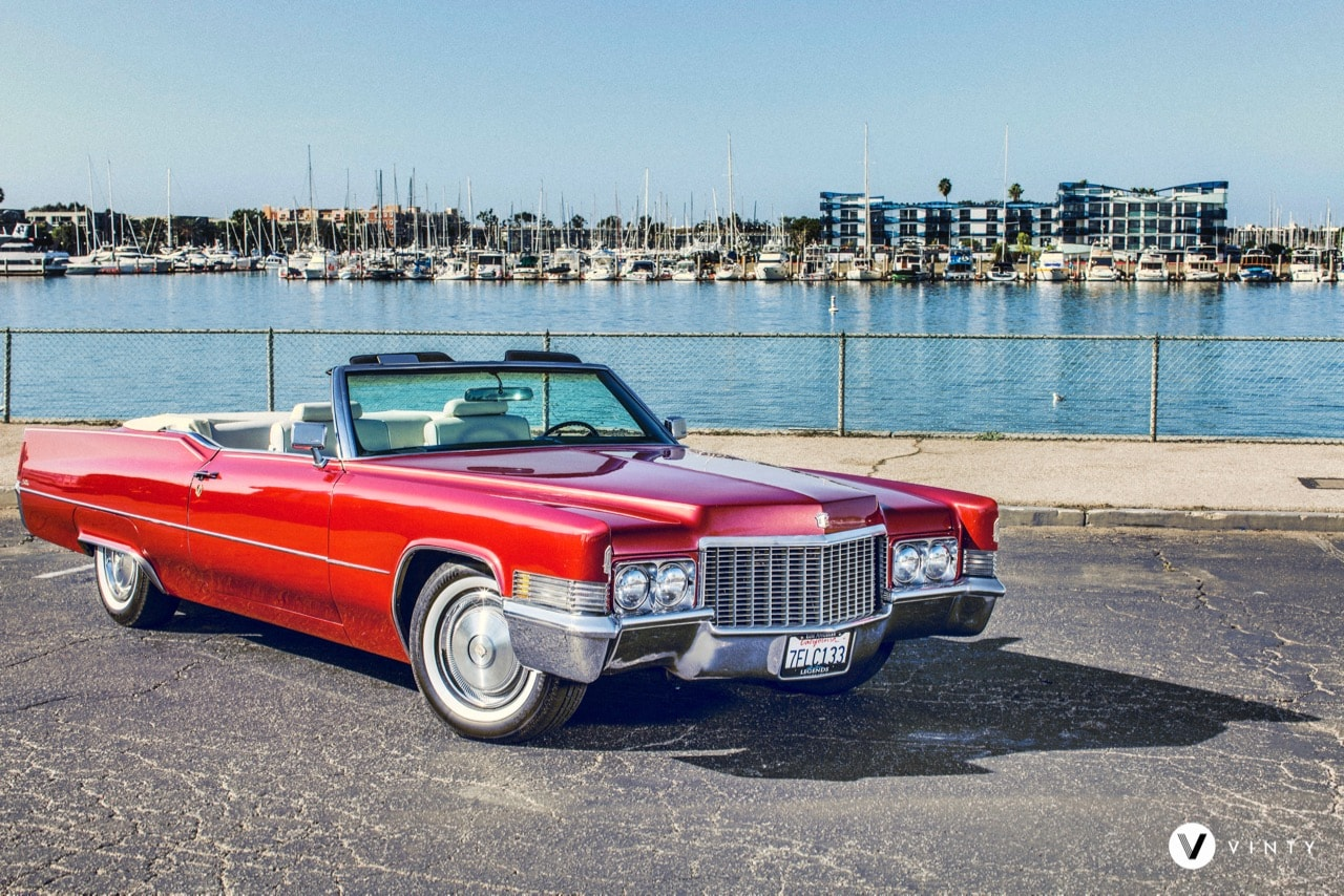 Vinty-classic-car-rental-1970-Cadillac-DeVille-Convertible-min.jpg