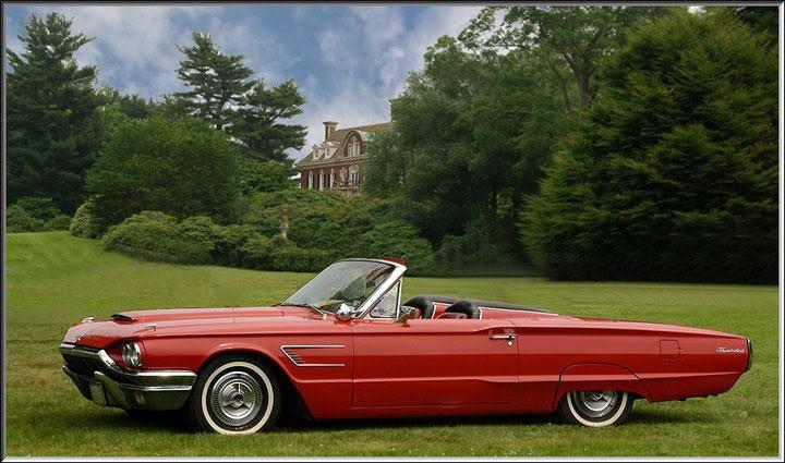 1965_Ford_Thunderbird_Convertible.jpg