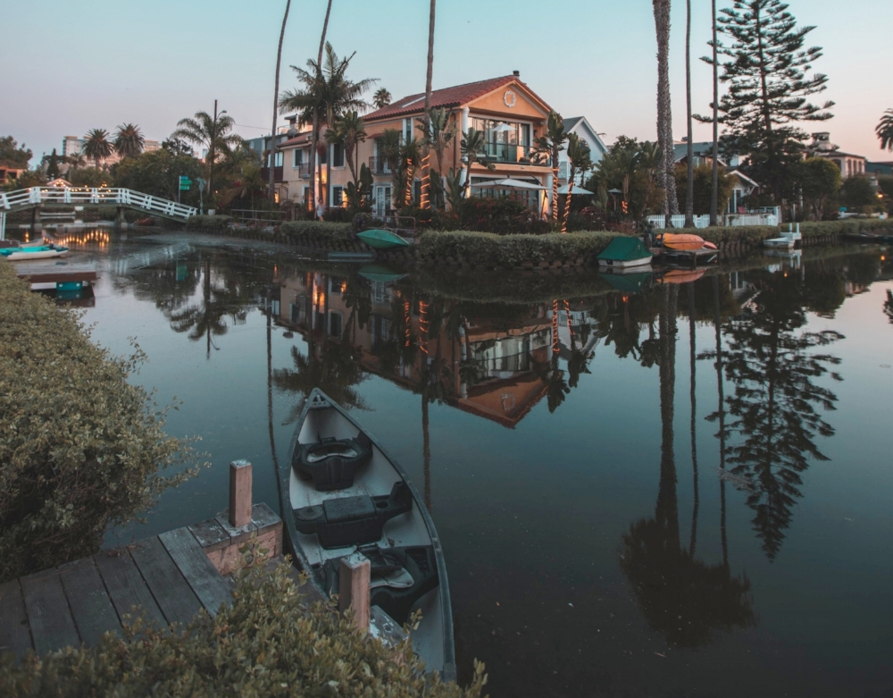 Want to take Italian styled photoshoots right here in LA? It's easy. The  Venice Canals  designed by Abbot Kinney in 1905 brings the iconic landscapes of Italy's famous canals to walking distance from Venice Beach. Unlike the other places up in this list, this neighborhood is a little bit reserved, which ideally makes it a perfect location for those well thought out and elaborate classic car photoshoots. The canals themselves ever busy with floating kayaks, present an opportunity to take photos that resonate personality, depth, and class. Expect a slew of retrofitted architecture frequently interrupted by one or two luxury condos. And if you're up for it, hold your shutters till dusk when you can capture the bohemian styled houses, classic cars and waters as they are draped by the sun's golden rays.