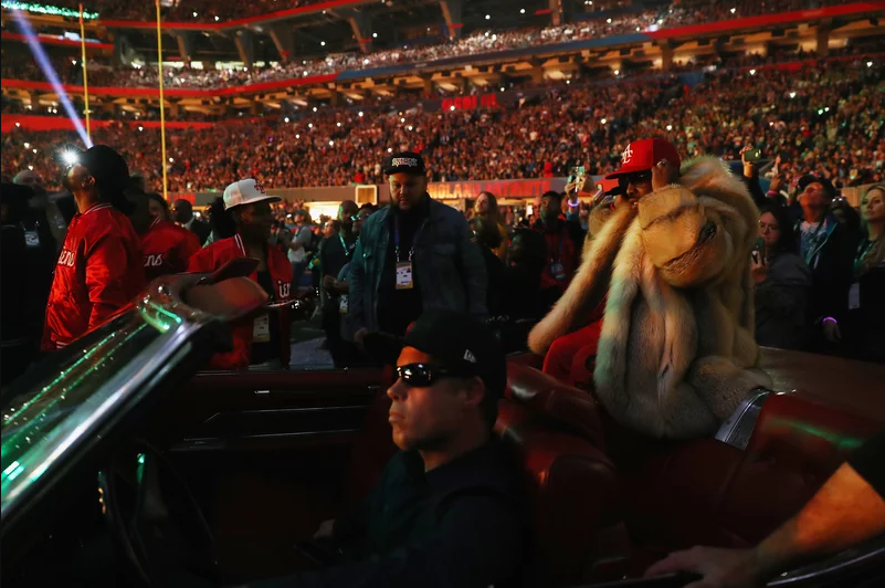 Big Boi arrives in style in a convertible for the half-time show during Super Bowl LIII at Mercedes-Benz Stadium on February 3, 2019 in Atlanta, Georgia. (Photo by Jamie Squire/Getty Images)