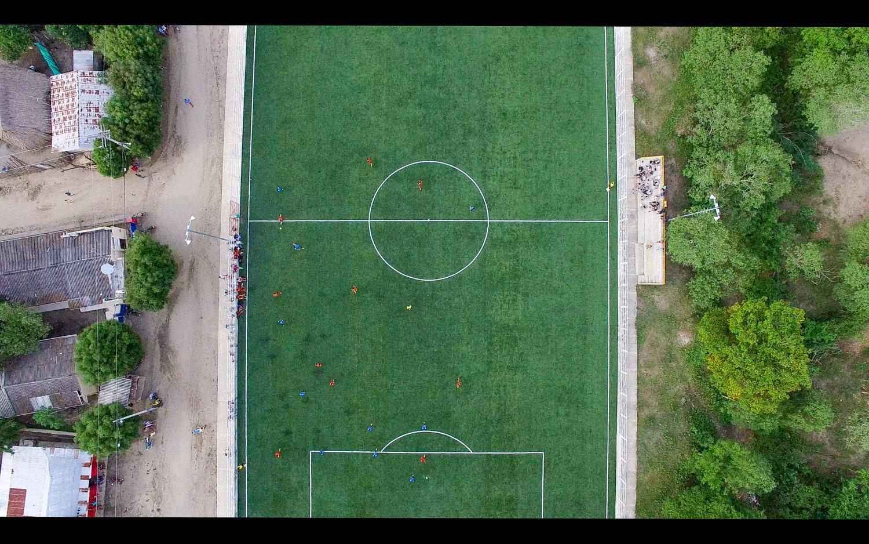 Football_Game 1_Peter.jpg