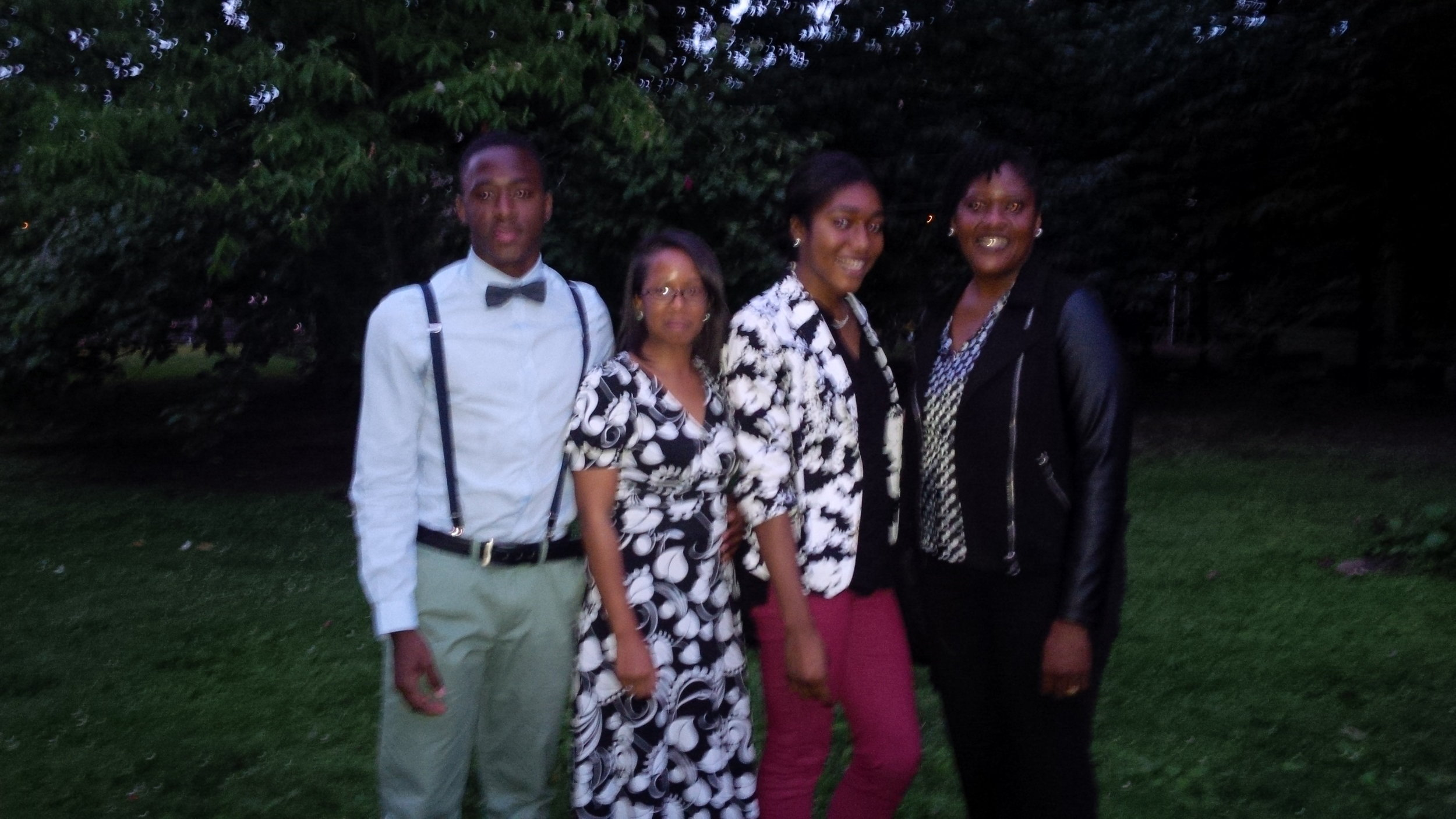2015 RISE Scholarship Winner w/family and TOLF Staff